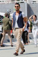 mens-fashion-week-blue-vest-h724
