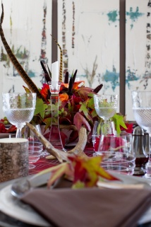 rustic-chic-thanksgiving-table-decor-16