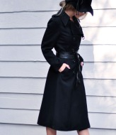 black-trench-coat-with-leather-belt-+-hat+sunglasses